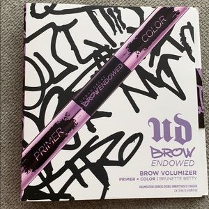 Urban decay brow primer and color